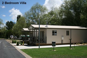 Fossickers Rest Tourist Park Deluxe Cabins - Corporate Cabin - Outside