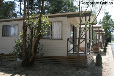 Fossickers Rest Tourist Park Deluxe Cabins - Corporate Cabin